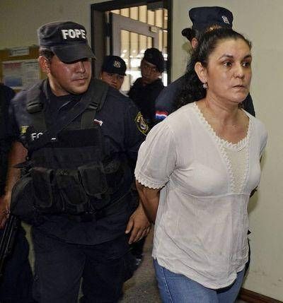 Si bien cumplió condena por secuestro de María Edith, Carmen Villalba aún no puede salir en libertad