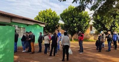 La Nación / Comuna de Naranjal contrató personal para que la vacunación sea rápida