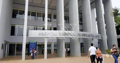 La Nación / Sigue la disminución de internados por COVID-19 en el Hospital Regional de CDE