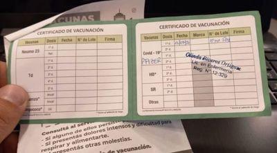 Comienzan a exigir carnet de vacunación en locales privados