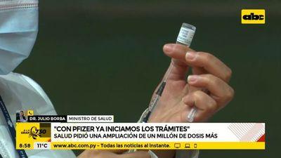 Salud negocia adquisición de vacunas para inmunización del 2022