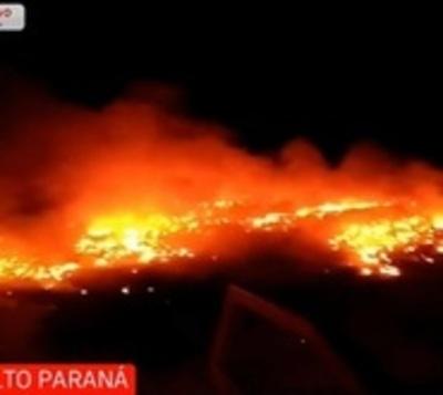 Detienen a dos sujetos por quemar 100.000 cubiertas en Minga Guazú