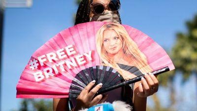 Abogado de Britney Spears presenta una solicitud para que el padre de la cantante sea destituido como tutor