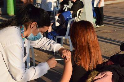 Vacunarán en simultáneo en barrios Chaipé y San Pedro de Encarnación