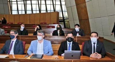 Fiscalía pide legajo y antecedentes en el caso de deuda de Itaipú