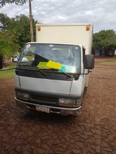 Asaltan un camión distribuidor en CDE