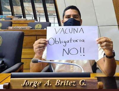 Diputado presenta proyecto para no discriminar a los antivacunas