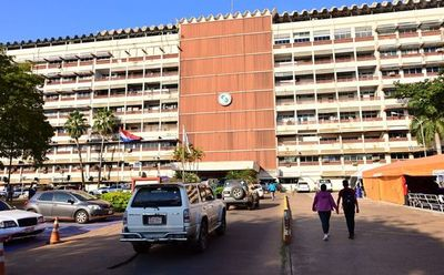 Salud suspende vacunación anticovid en el Hospital Central de IPS, este miércoles