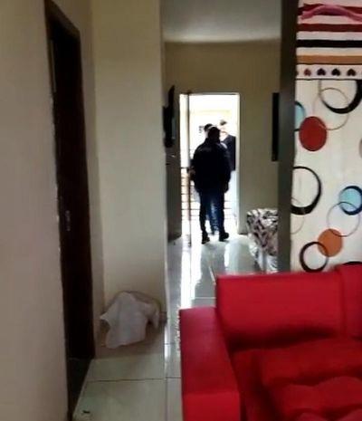 Tras atentado a local gastronómico allanan un departamento en el barrio San Antonio
