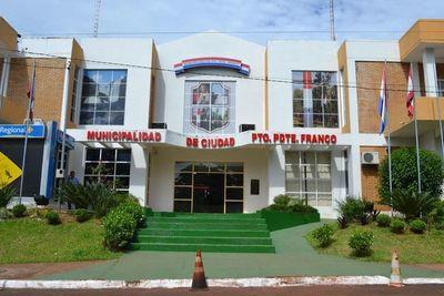 Finalizan con retraso licitación para almuerzo escolar en Presidente Franco