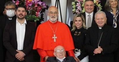 La Nación / Nenecho mantuvo un encuentro con el cardenal Cristóbal López