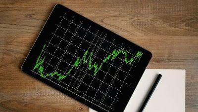 Corrección del pronóstico del PIB a 4,5%: Se prevé un crecimiento mayor de las inversiones