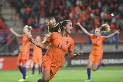 Crónica / Holanda y EE. UU. se medirán en cuartos