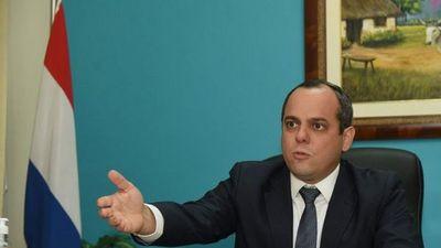 Camilo Benítez apunta a reelección en la Contraloría