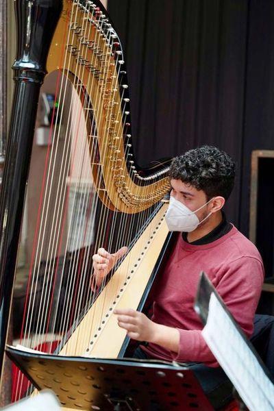 Alexander Da Silva presentará un repertorio para arpa de pedales