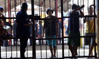 Iniciará la vacunación de los presos de Tacumbú