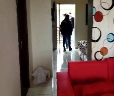 En prosecución a la matanza en local gastronómico, la Policía allana departamento en el barrio San Antonio