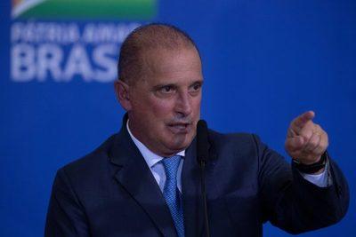 Bolsonaro renueva el Ministerio de Trabajo, que liderará su más fiel escudero