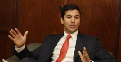"""""""Estamos lejos de decir que la economía paraguaya se recuperó"""", sostiene Santiago Peña"""
