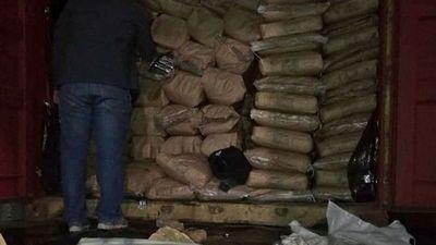 Fiscalía tiene indicios sobre dueños de carga de cocaína incautada
