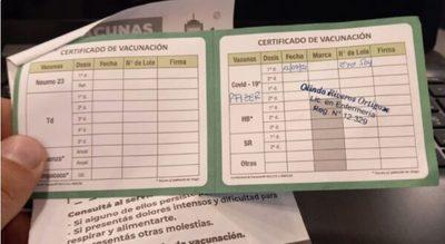 """Obligatoriedad de vacunación es una """"cuestión jurídica"""", según Borba"""