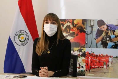 Ministerio de Trabajo presentó álbum de productos para el Día de la Amistad