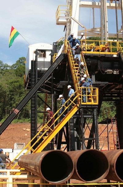 """Un estudio propone reformas """"urgentes"""" en área de hidrocarburos de Bolivia"""