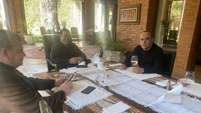 Bachi revela plan para copar la ANR con Cartes y alinear la presidencia