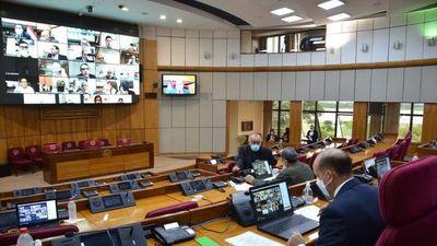 Titular del Congreso evita opinar sobre informe de la CGR a Itaipú