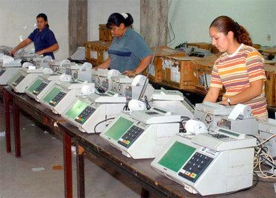 Con más de 2000 Máquinas de Votación capacitarán para las próximas elecciones municipales