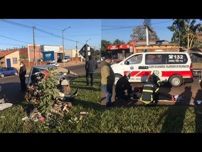 GRAVE ACCIDENTE DEJA DOS HERIDOS EN LA ROTONDA QUITERIA DE ENCARNACIÓN