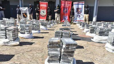 Detienen a presunto dueño de carga récord de cocaína incautada
