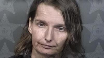 Arrestan a una mujer por encerrar a su hija autista en una jaula por las noches – Prensa 5