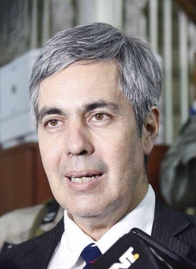 Audiencia de medidas para Pedro Ferreira, en agosto
