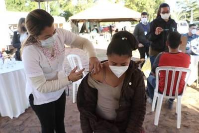 """""""1.500.000 inmunizados con ambas dosis"""": meta de Salud para finales de agosto"""
