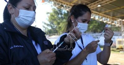 La Nación / Vacunación: en 3 horas fueron consumidas 25 mil dosis en Central