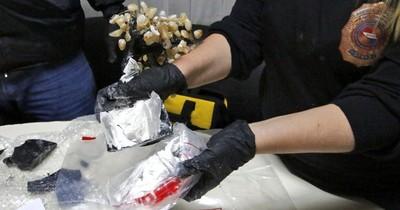 """La Nación / Detectan """"narco encomiendas"""" de cocaína en el Silvio Pettirossi"""