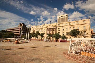 BNF anuncia demanda judicial contra rechazo del BCP a reconsideraciones en sanción antilavado