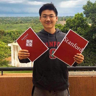 Joven de Ciudad del Este es admitido a Stanford University.