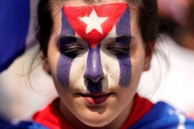"""Cuba cree que UE """"miente y manipula"""" al apoyar a los manifestantes"""