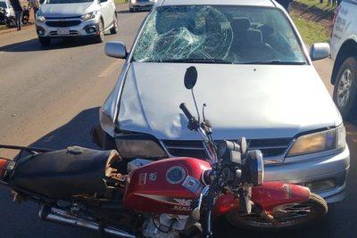 Joven muere atropellado por un automóvil