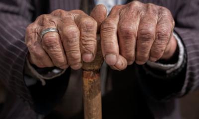 Imputan a sujeto que golpeó brutalmente a su abuelo de 94 años