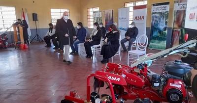 La Nación / Empresa coreana donó multicultivadores a escuela agrícola de Minga Guazú