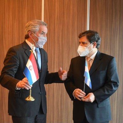 Paraguay solicitó a Argentina flexibilización de pasos fronterizos terrestres