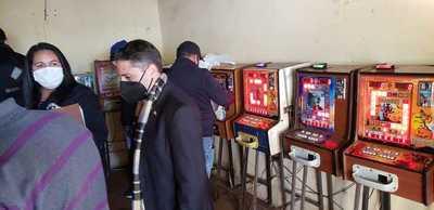 Incautan quince máquinas tragamonedas en CDE