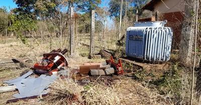 La Nación / Desmantelaron transformador de la Escuela Agrícola para robar cobre