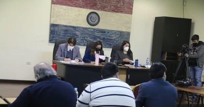 La Nación / Fiscales piden 10 años de cárcel para OGD y su hijo