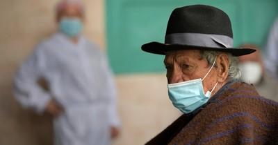 La Nación / Colombia puede imponer restricciones a quienes no se vacunen, advierte ministro
