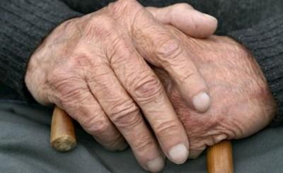 Ebrio golpeó brutalmente a su abuelo de 94 años