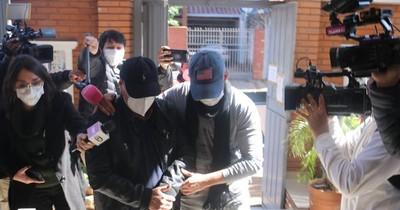 La Nación / Fiscal imputó a padre e hijo por megacarga de cocaína